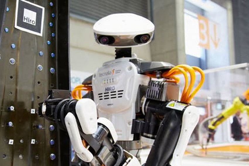 Robot Steal Take Job Automation Safe Riskiest Industries How to Stop
